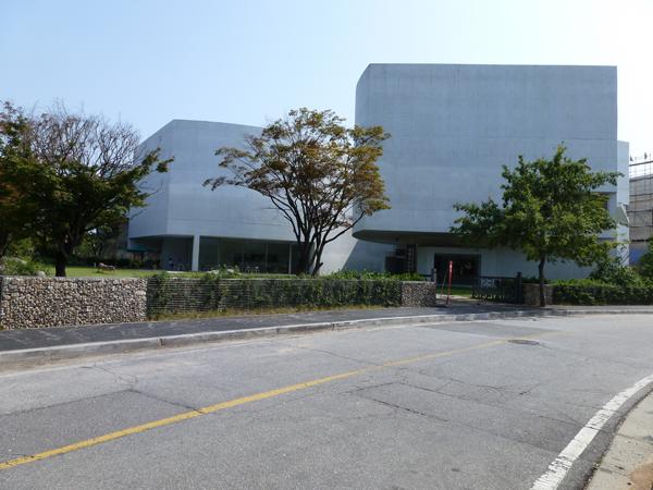 mimesis art museum_alvaro siza
