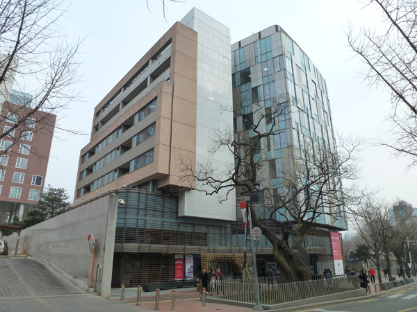 canadian embassy_01