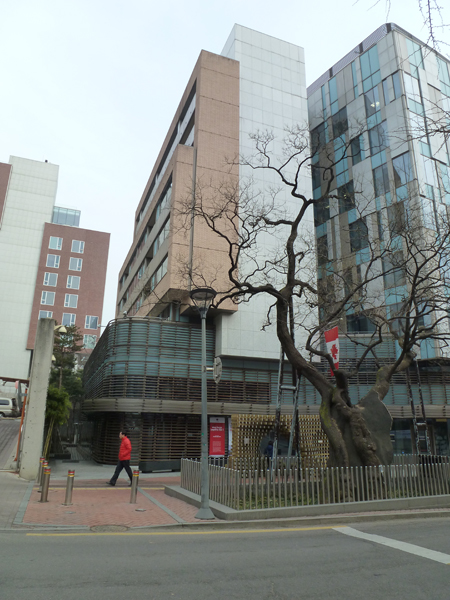 canadian embassy_02