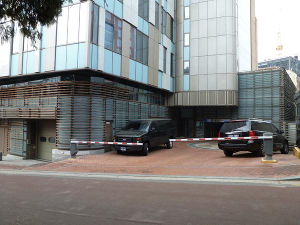 canadian embassy_07